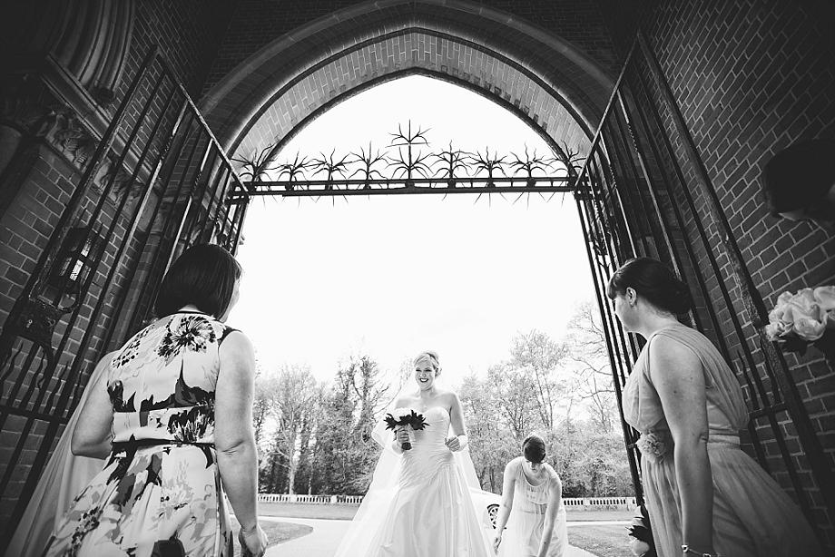 berkshire weddings bride arriving