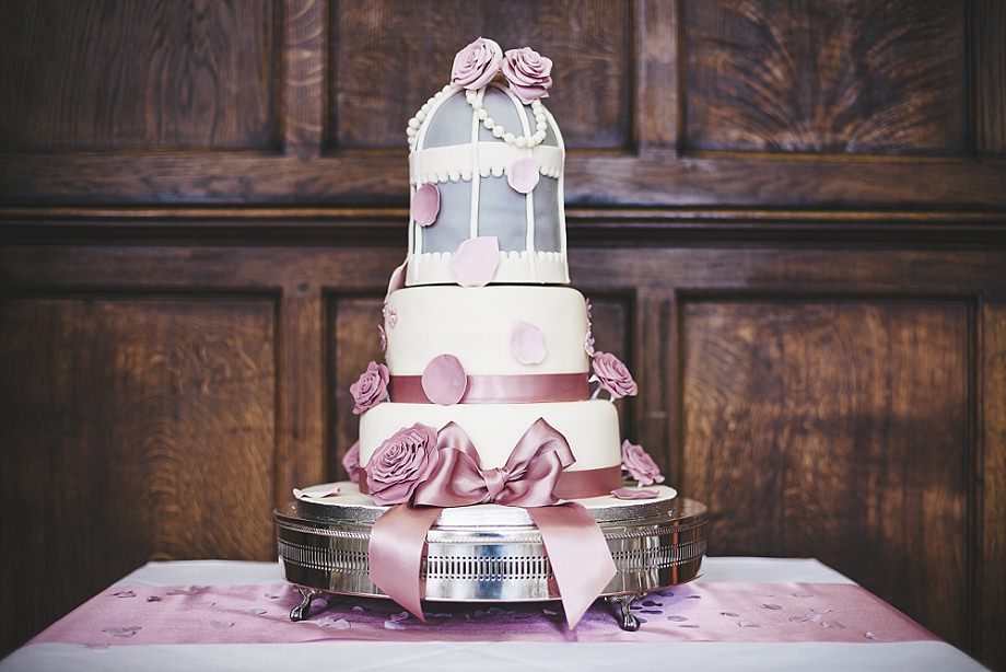 wedding cakes in berkshire