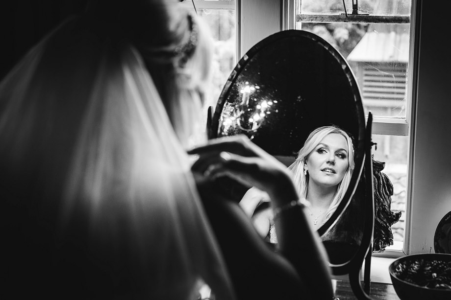 documentary wedding photographer maunsel house