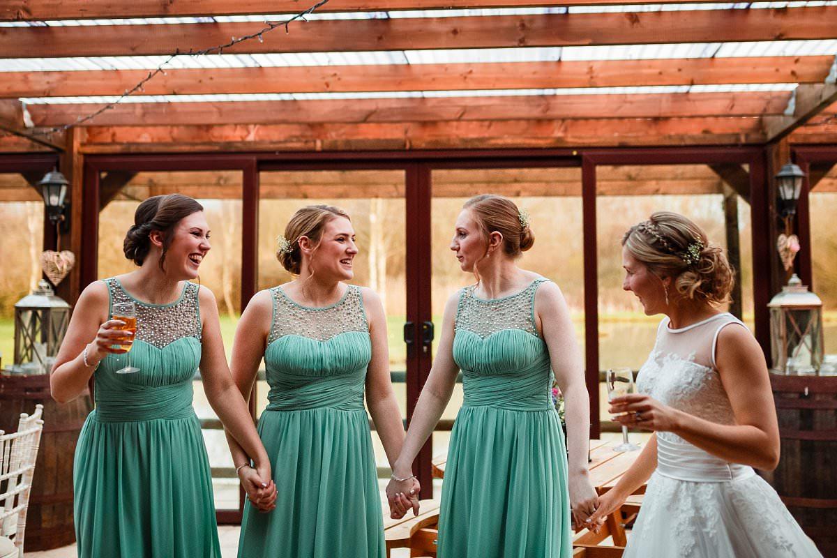 wedding photos at yarlington barn