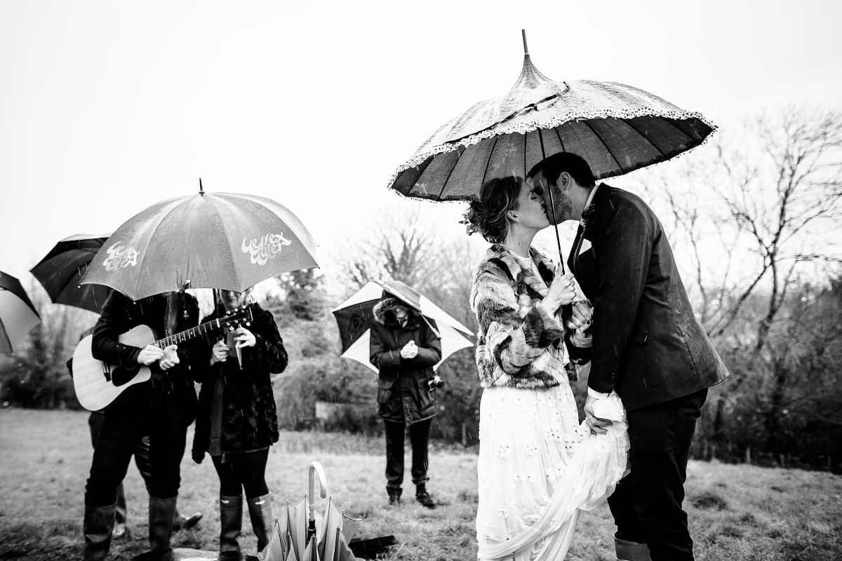 wedding photographer in glastonbury