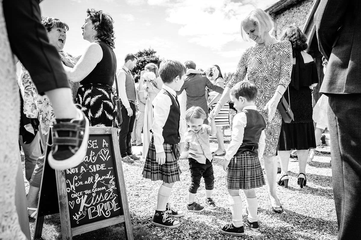 longparish church wedding photos