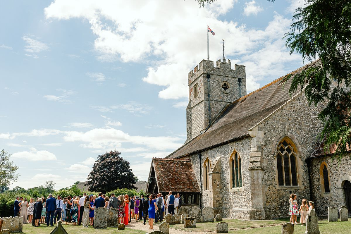 longparish church wedding photos