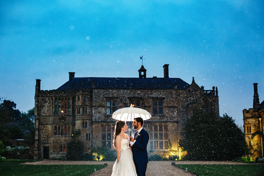 rainy wedding in somerset