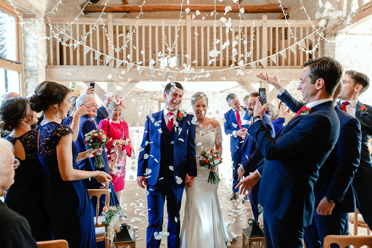 kingscote barn wedding ceremony