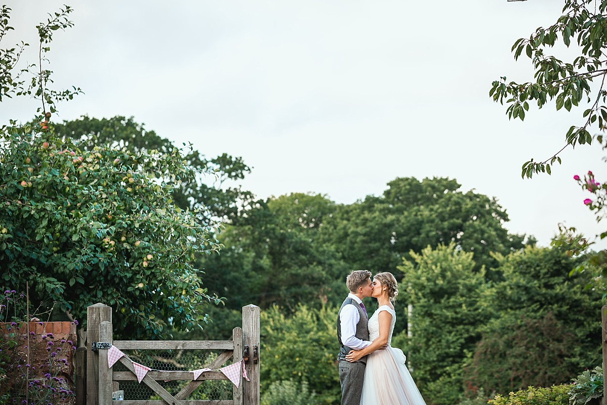 creative wedding photographer devon