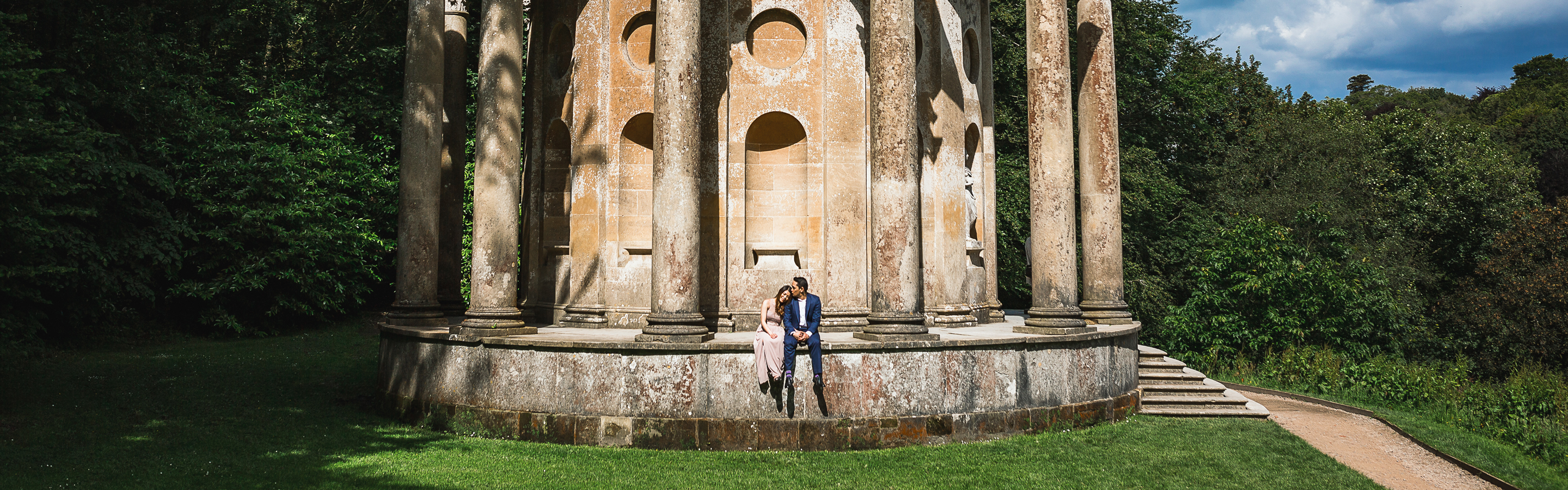wiltshire engagement photography